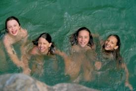 4-girls-kings-river
